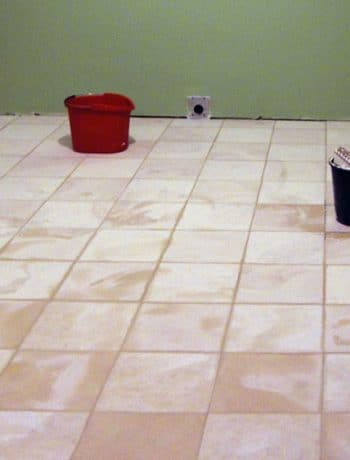 When tiling, it's always best to install the tiles on a properly prepared floor surface and not directly onto the wooden subfloor - read on for more tips! You'll learn how to tile your floors (and what products NOT to use).
