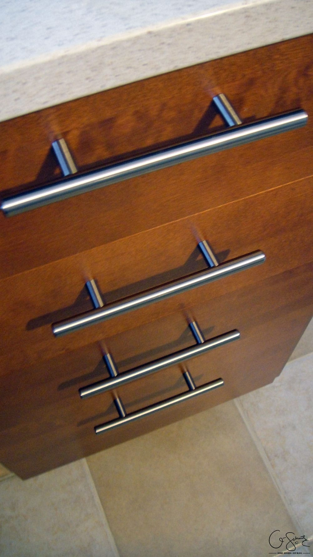 How to install kitchen knobs and pulls on the Ikea Akurum kitchen cabinets (but you can definitely use these great DIY tips and tricks for other cabinets as well!)