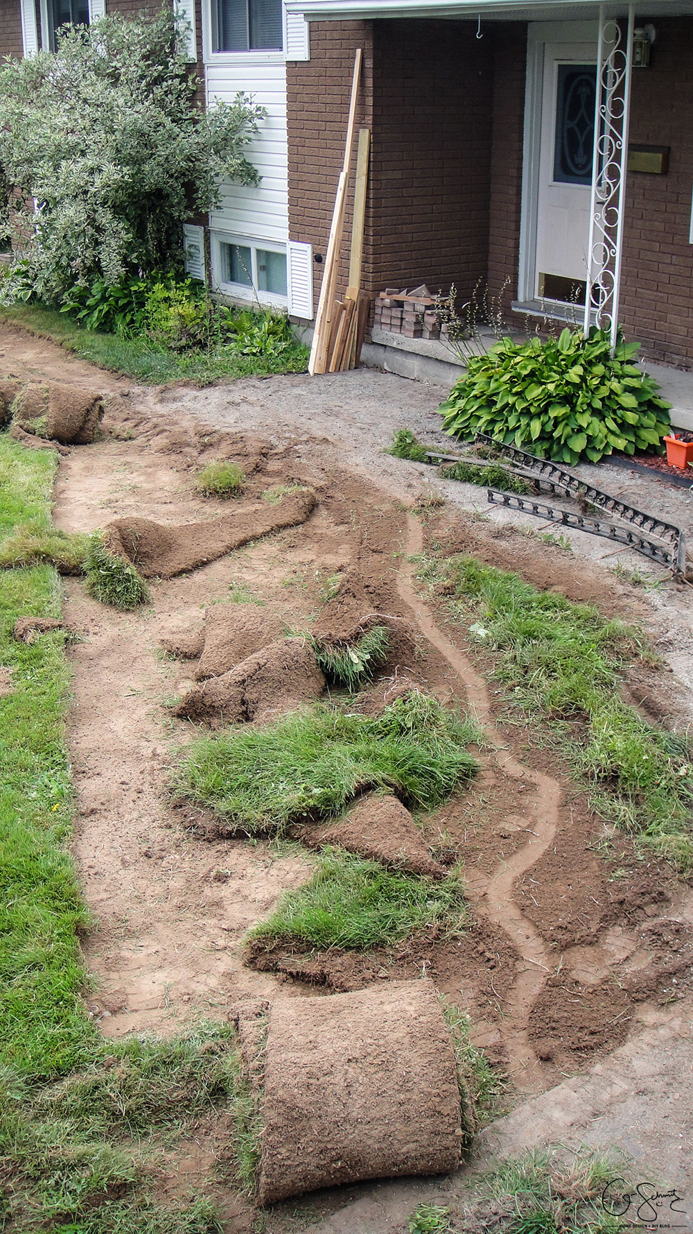The second step for our DIY Project Walkway this summer – removing turf / sod and grass to make room for landscaping!