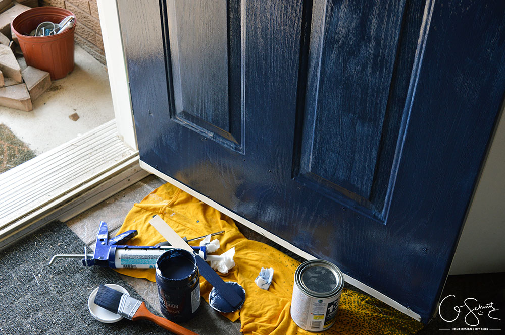 Thinking of updating your front door? In less than a day you can create some major impact for minimal effort. So go ahead and paint the front door any colour you want!