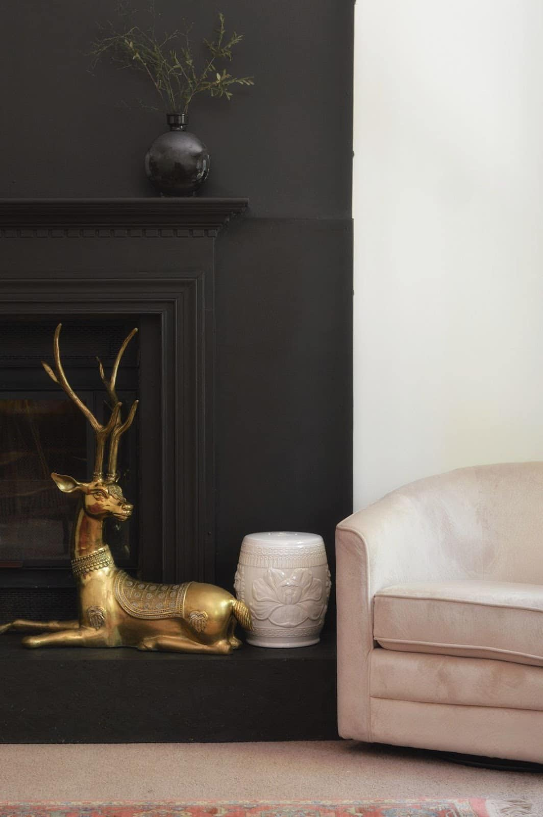 Domicile 37 Fireplace Mantel // Here are a few of my favourite things in some other One Room Challenge rooms. Plus a list of 19 One Room Challenge Reveals to Watch!