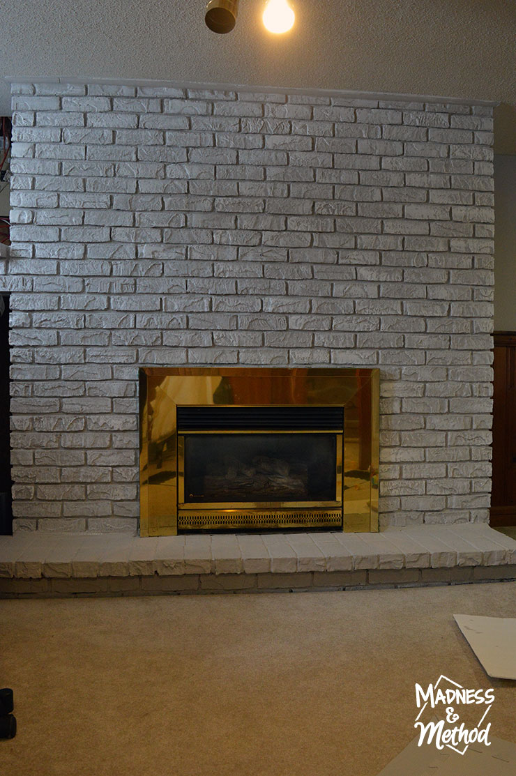 dry-brush-bricks-fireplace-makeover-11