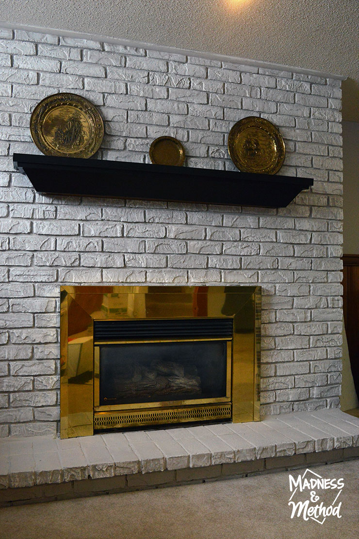 dry-brush-bricks-fireplace-makeover-14