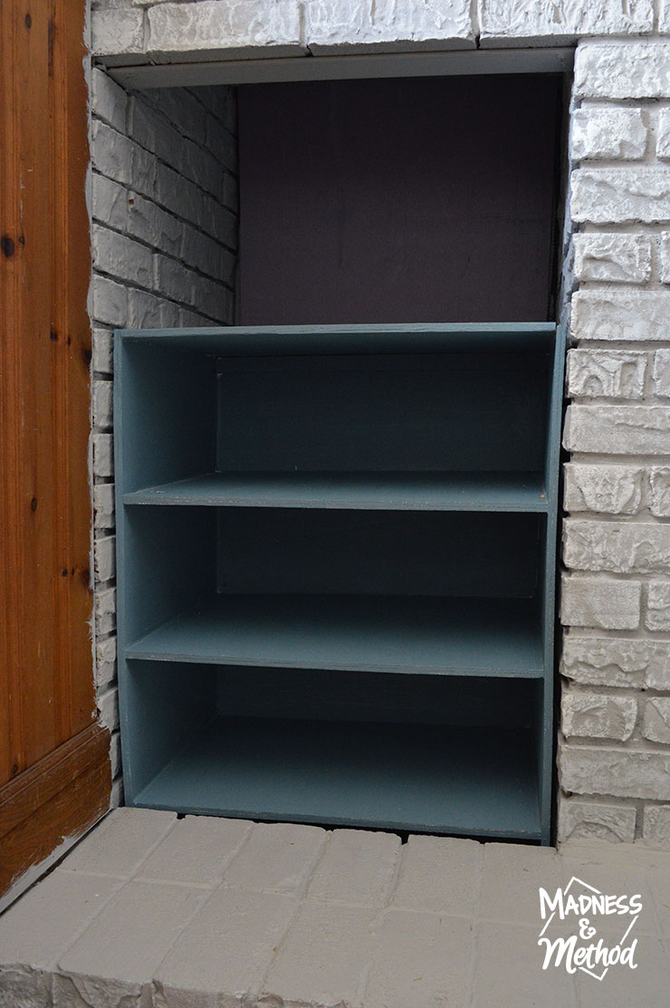 custom-game-shelf-11