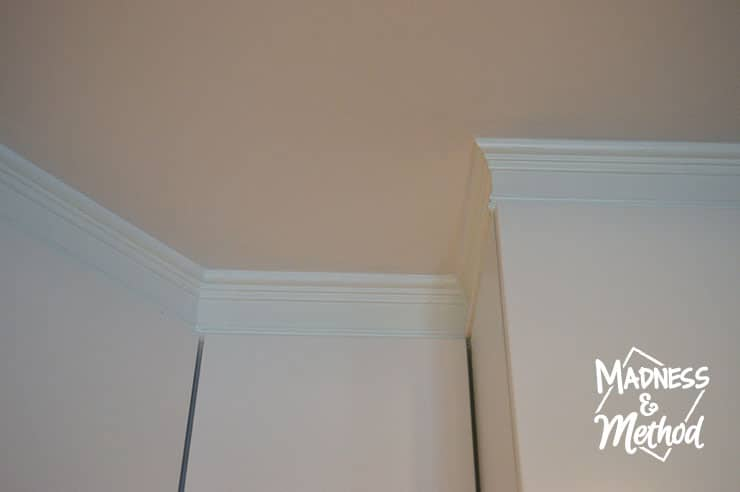 install-trim-above-cabinets-06