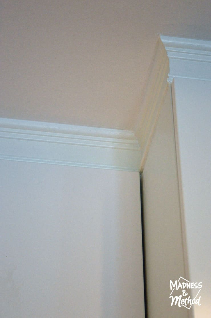 install-trim-above-cabinets-09