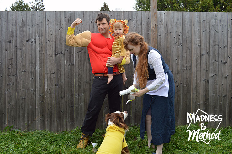 setting up family halloween costume pose
