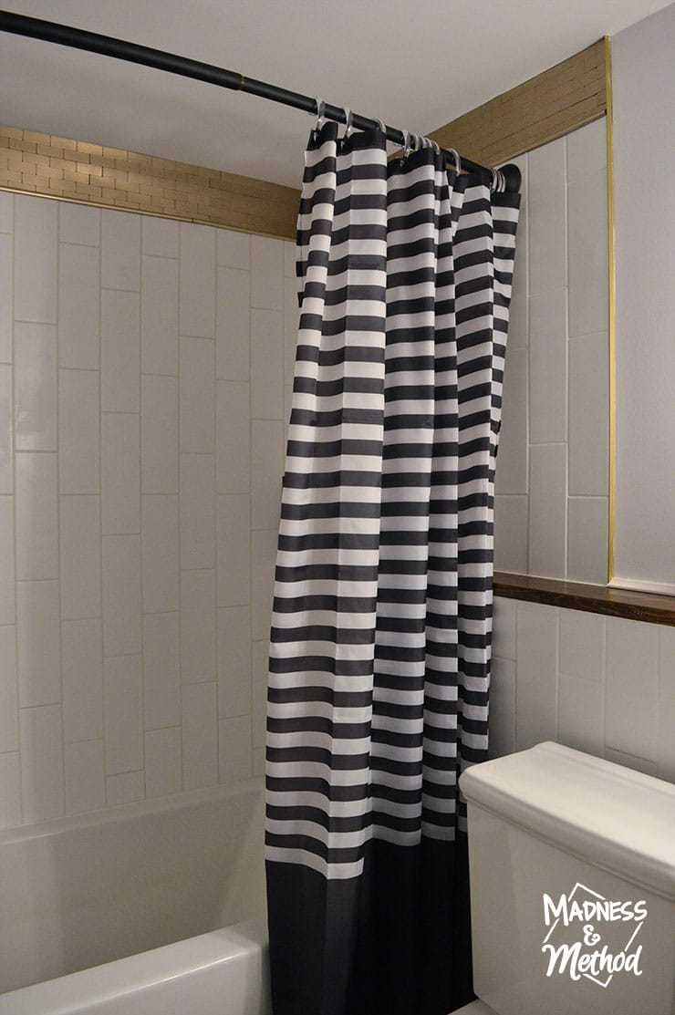 striped bathtub curtain