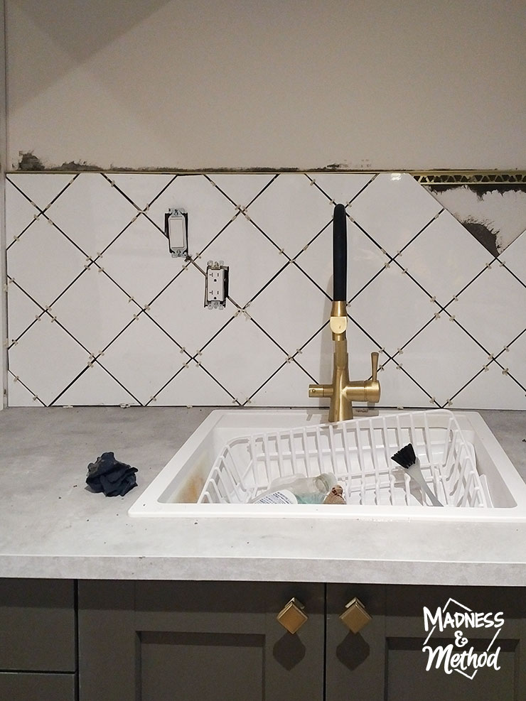 Tips On Installing A Diamond Tile Pattern Madness Method