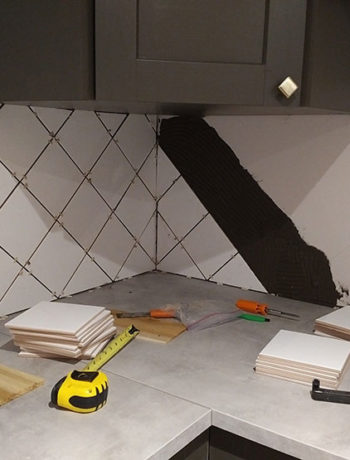 installing diamond tile pattern