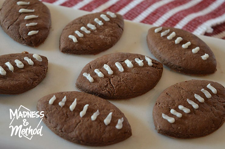 yummy game day football cookies