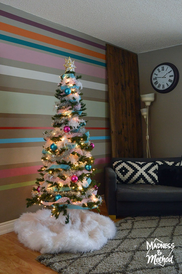 blue and pink christmas decor