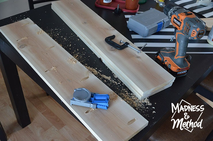 building shelves with kreg jig