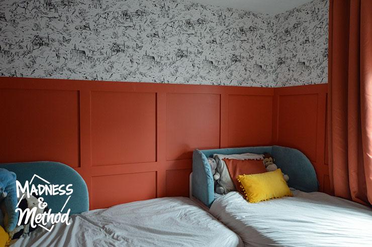 kids red bedroom
