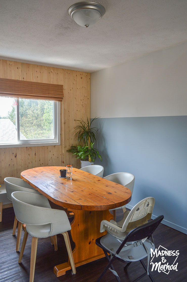 dining room with oval table